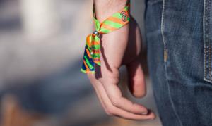 publicité par bracelets en tissu personnalisés